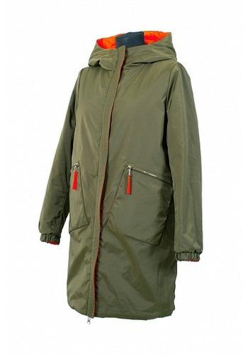Цена 4380 руб. Удлиненная куртка прямого силуэта, модель двухсторонняя. Застежка молния, прикрыта простроченной планкой, по бокам прорезные карманы, цельнокроеный капюшон. Длина изделия - 87 см, длина рукава 63 см.